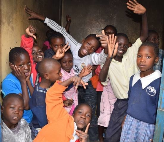 Sponsor 100 children in Kayole, Soweto in Nairobi