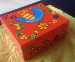 Painted tea box
