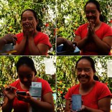 Rocio receiving her smart phone