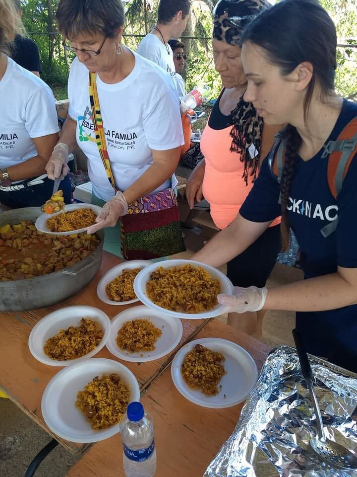 Help Us Feed 600 people in Puerto Rico.