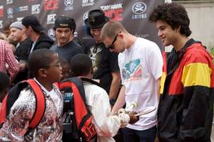 Watts Youth Meet Their Heroes