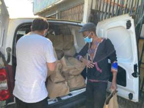 Team distributed food