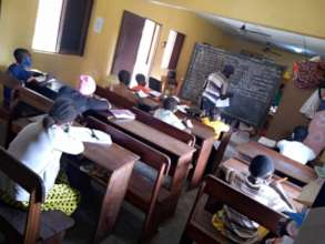 Students maintaining social distancing