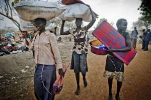 Newly South Sudanese Refugees Crossing to Uganda
