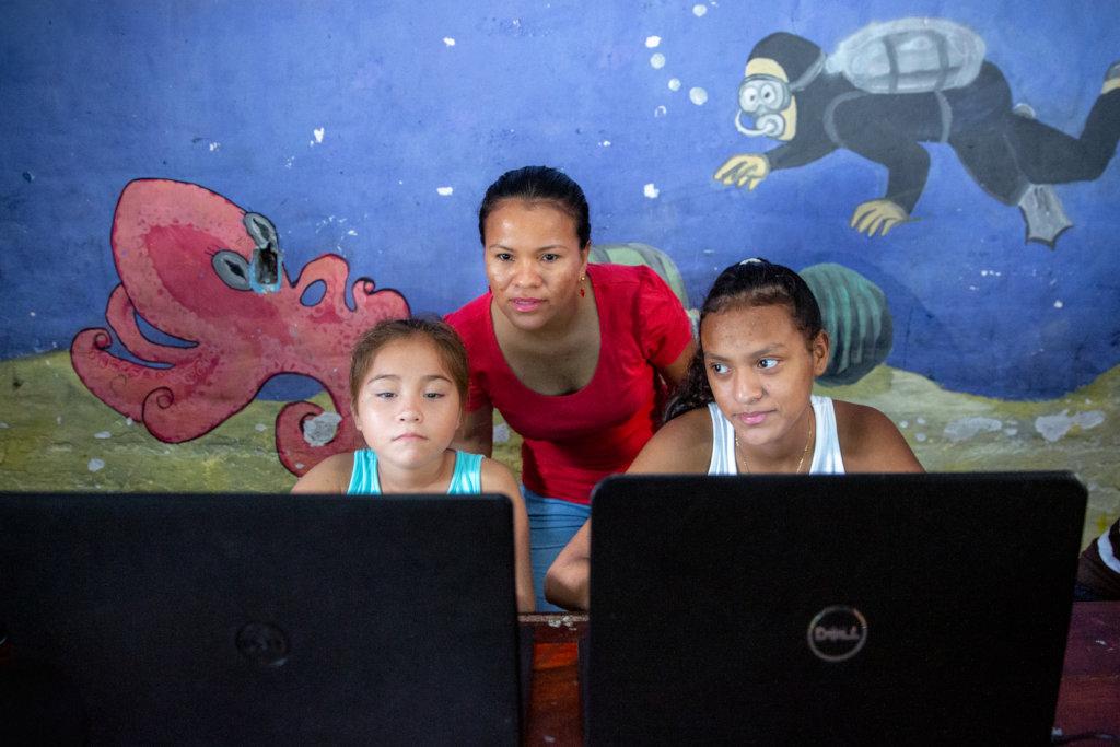 Help 6 Teachers Provide Virtual ESL Education