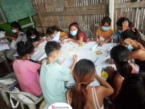 Children during distribution in Cebu City