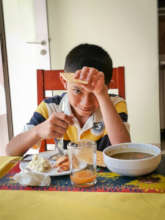 Improve the nutrition of 100 children with cancer.