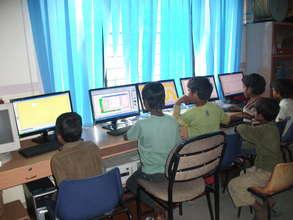 Computer class at Street Smart