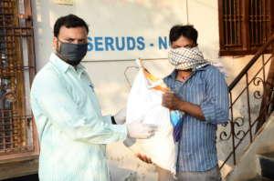 sponsoring groceries donation pandemic coronavirus