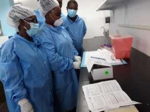 Zanmi Lasante staff train on COVID-19 Tests