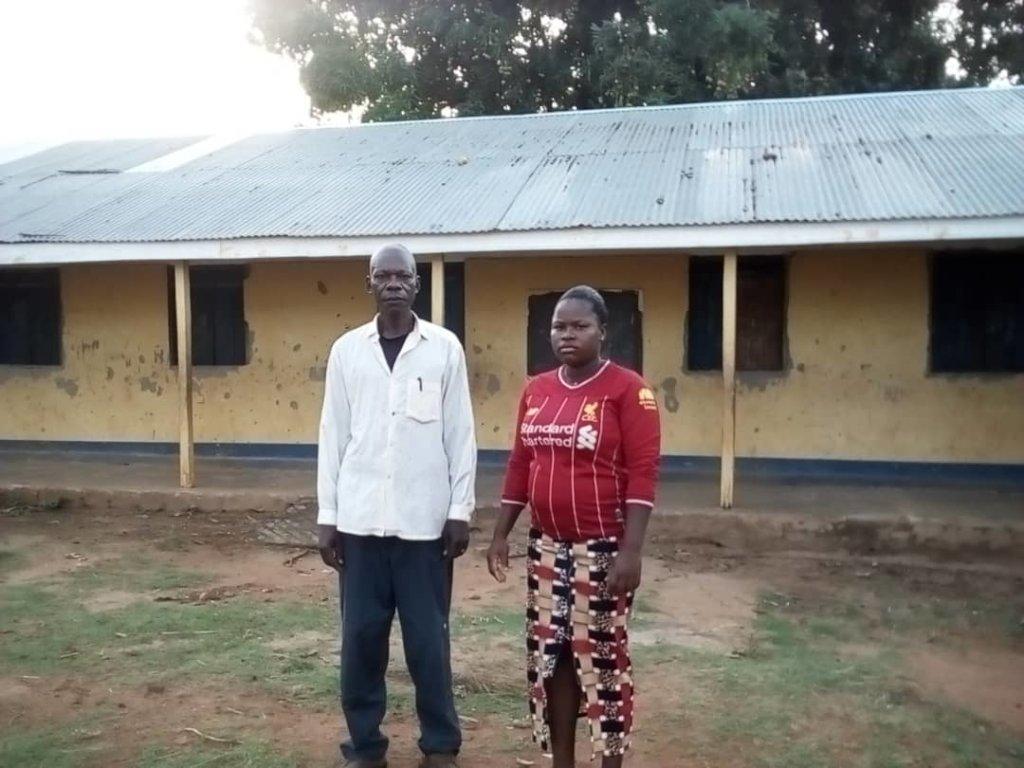 Capacity building of 10 Teachers in Ezo County.