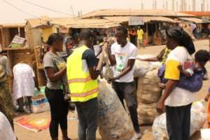 Support & Elevate Ghanaian Informal Collectors