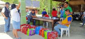 AAI food from US donors shared in highland schools