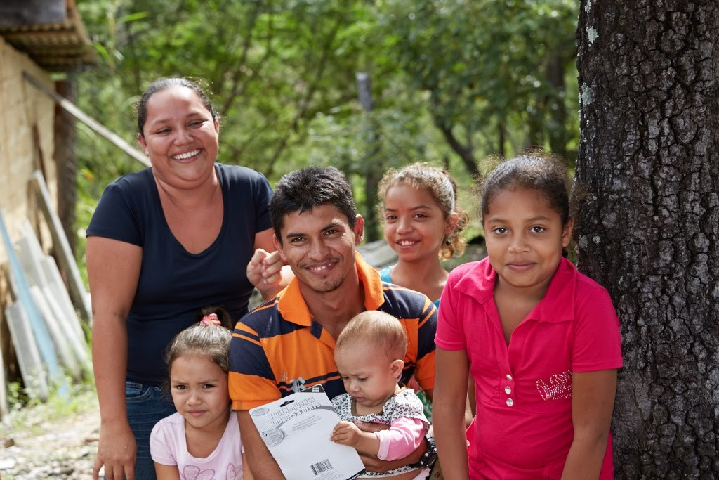 Providing Prenatal Vitamins to Women in Honduras!