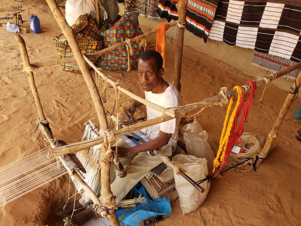 Start Weaving School in Niger