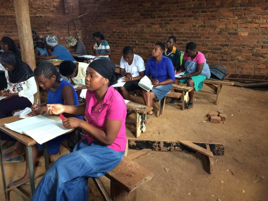 Educate and enable a 100 young women in Zimbabwe