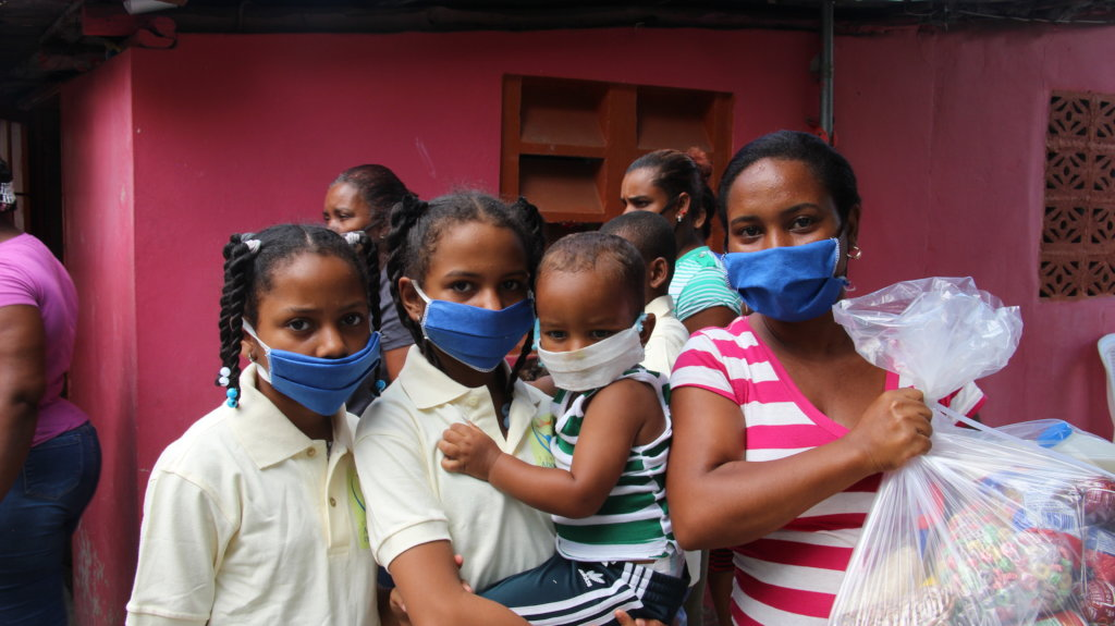 Feed 200 families in the Dominican Republic
