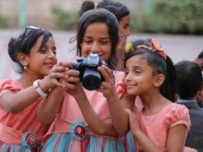 Empowering 500 women in Yemen facing COVID-19