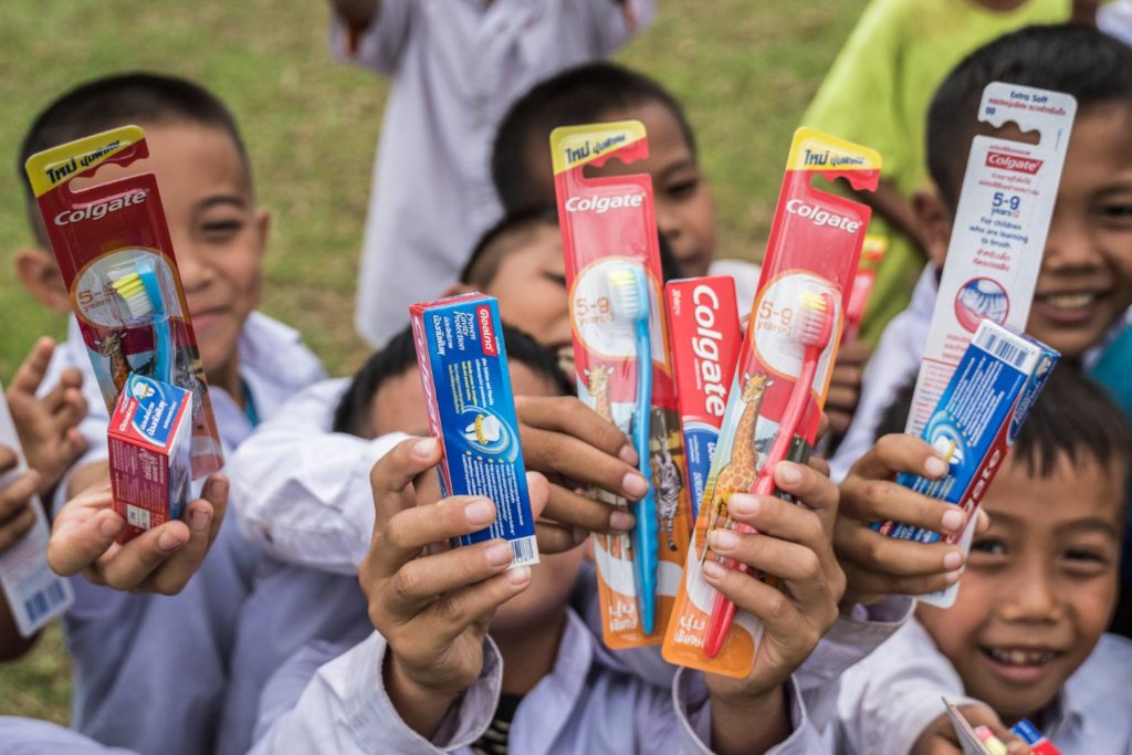 Give 1,000 Thai children a beautiful smile