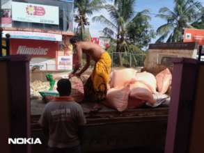 Unloading food
