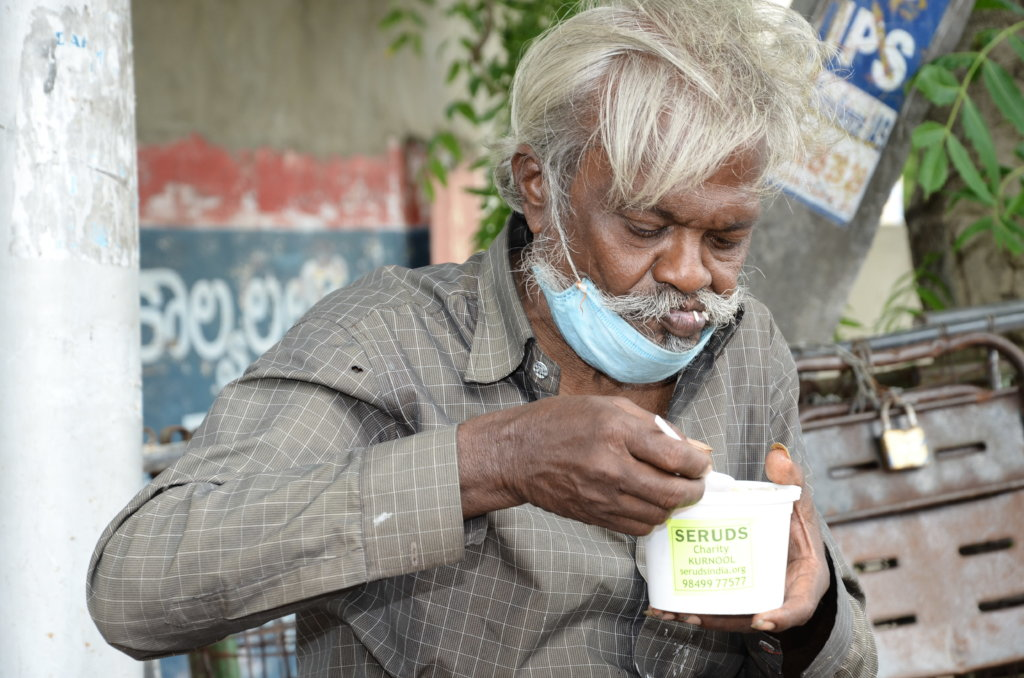 Feed the Hungry Homeless People in India