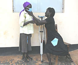 Help Mama Cave to produce Mama Masks in Uganda!