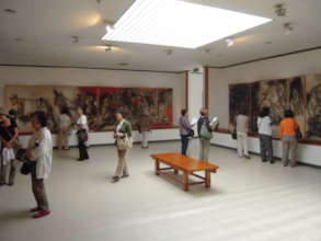 Many people visit the Gallery in the summer