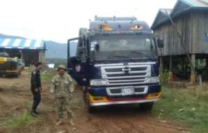 Truck carrying illegal timber ambushed by rangers