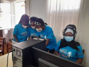 Teen radio producers in Mozambique