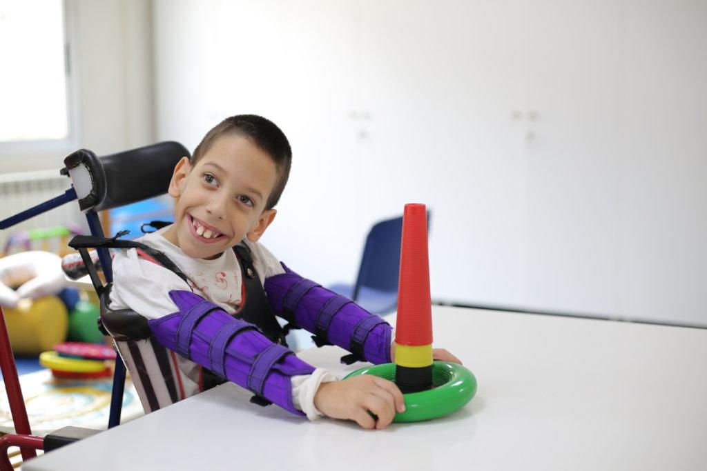 Food & medication for Lebanese disabled children