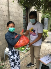 Student received food package in Denpasar