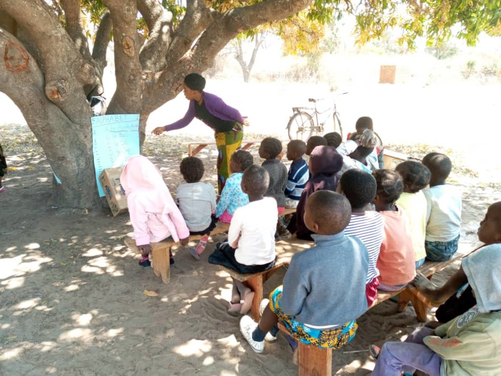 Help construct 1x2 classrooms for 115 Vulnerable
