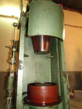 Hydraulic press to make ceramic water filters.