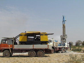 The well driller arrives in Lampiadi!