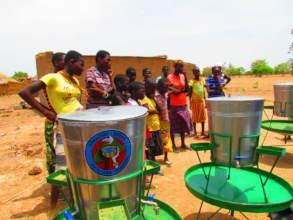 BARKA Distributes Handwashing Stations