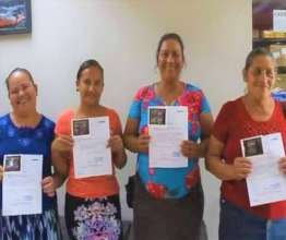 Happy Women after great ultrasonography results