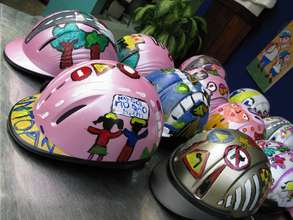 Students compete in a helmet decorating contest