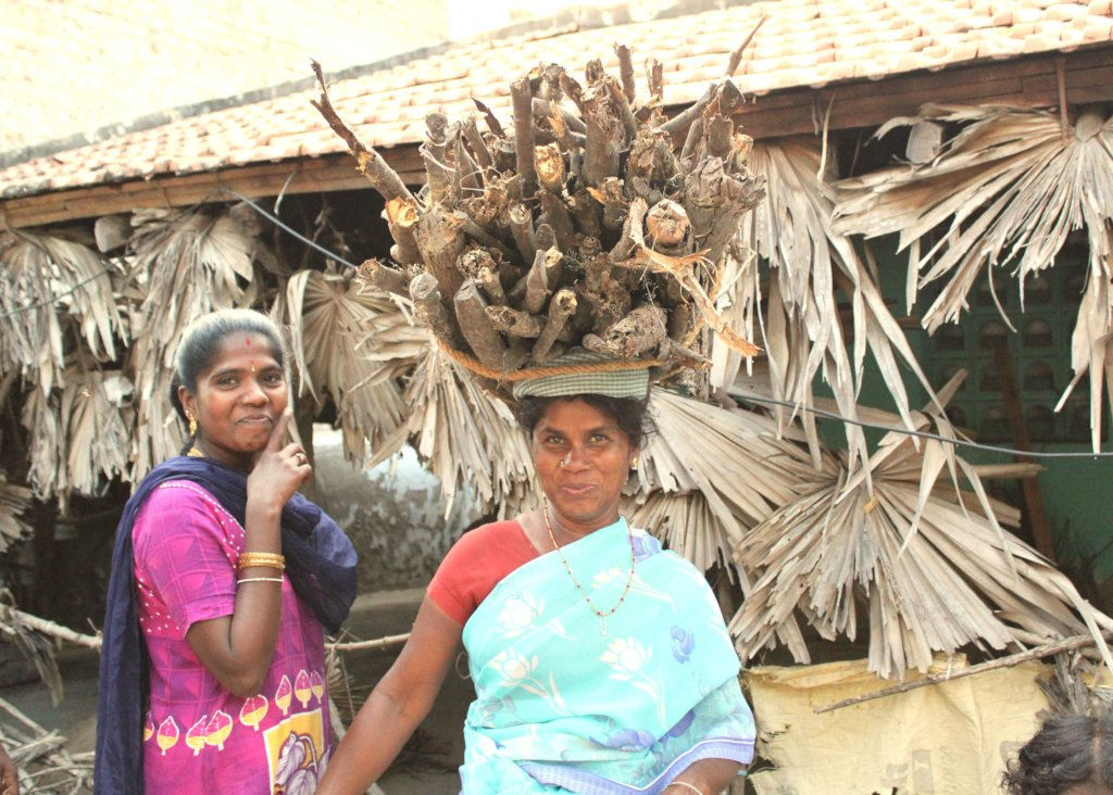 Support and Mobilise 750 Female Local Farmers