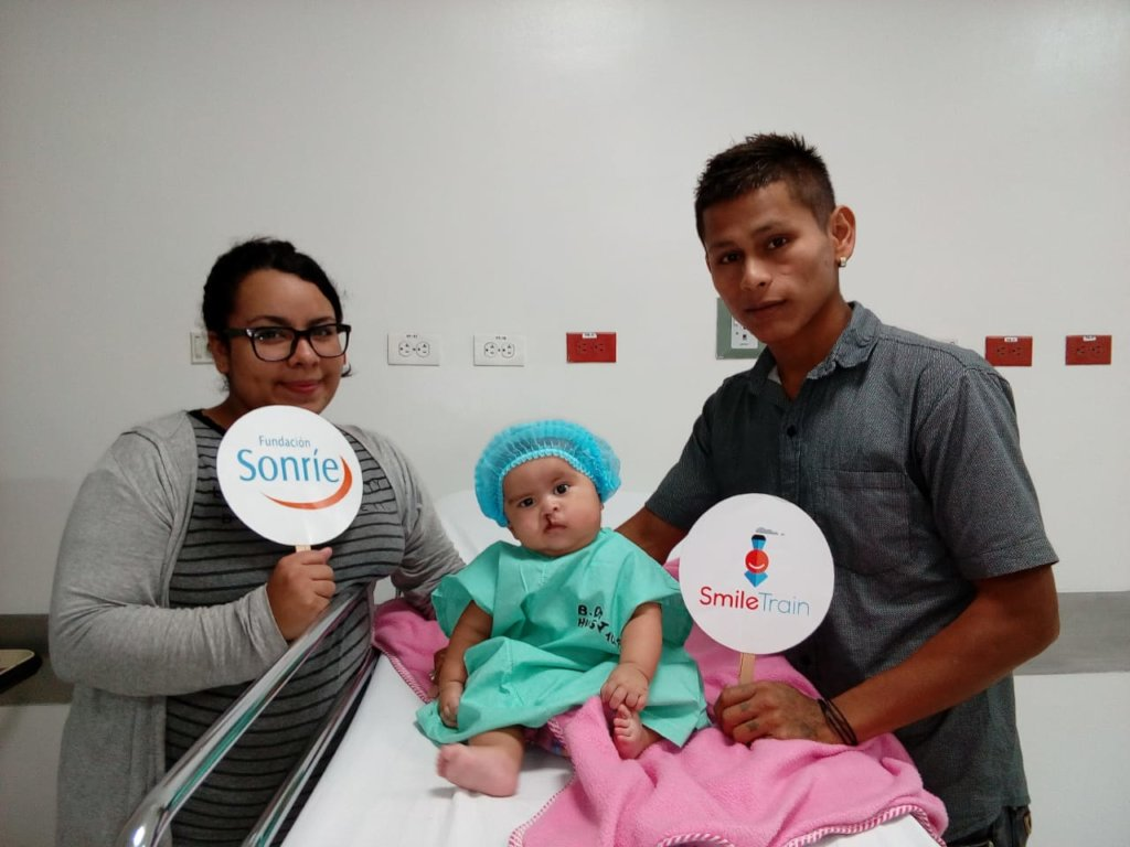 Helping kids with clefts to Smile again (Colombia)