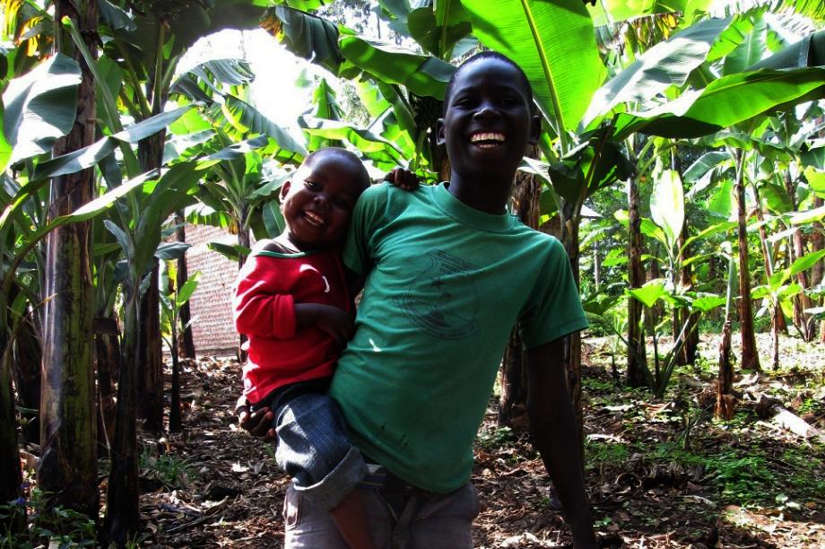 Build A Farm! Feeding children and training youth