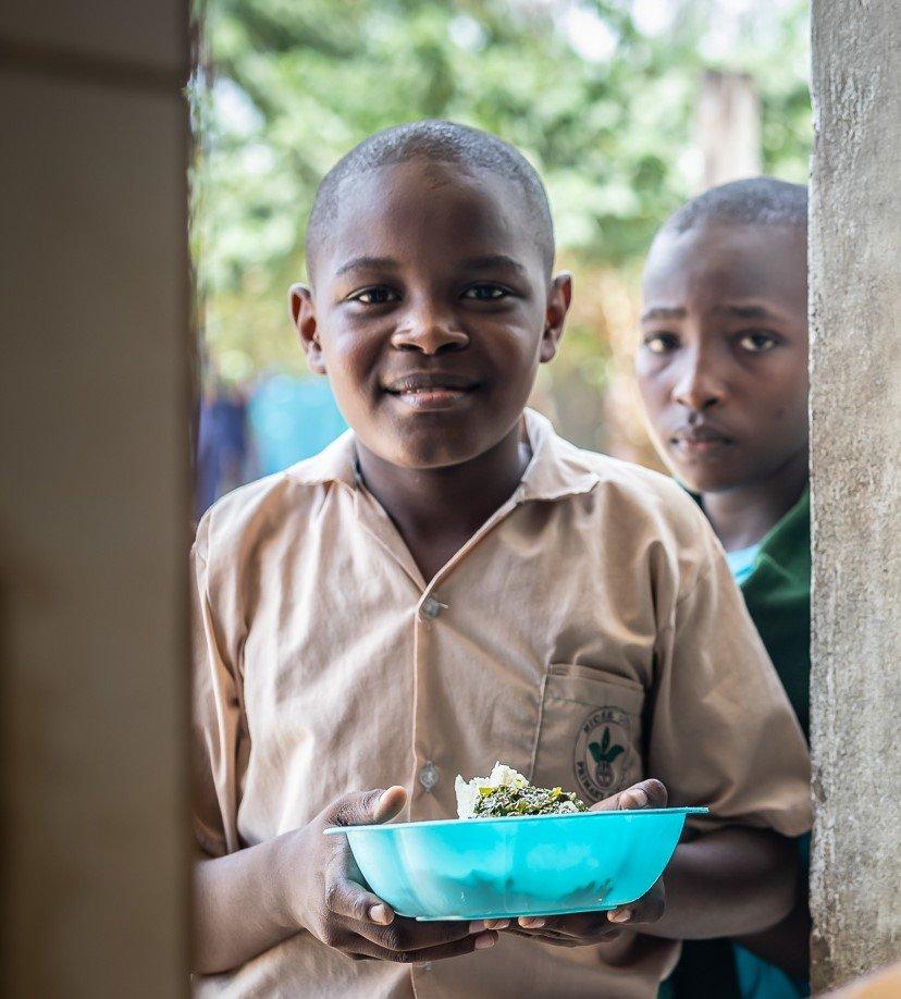 Feed 300 poor children in urban Mombasa