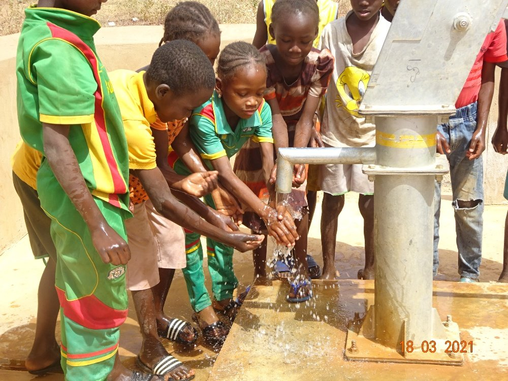 Clean water for 11 970 students in Burkina Faso