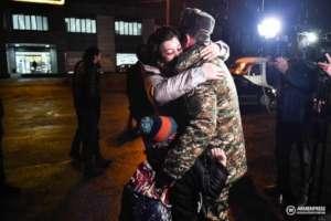 Families welcoming veterans of the war