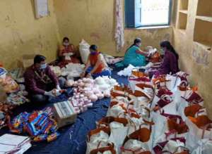 HELPING THE POOR IN BIHAR INDIA TO SURVIVE COVID