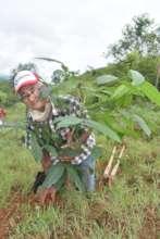 Local farmer reforesting with Pro Eco Azuero