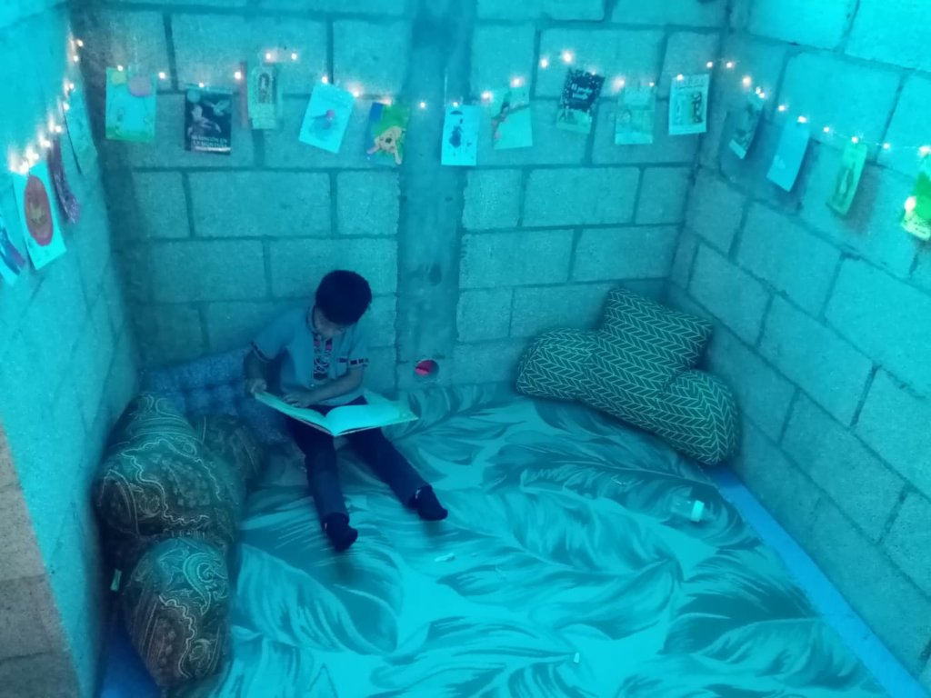 Share the joy of reading with a Guatemalan child