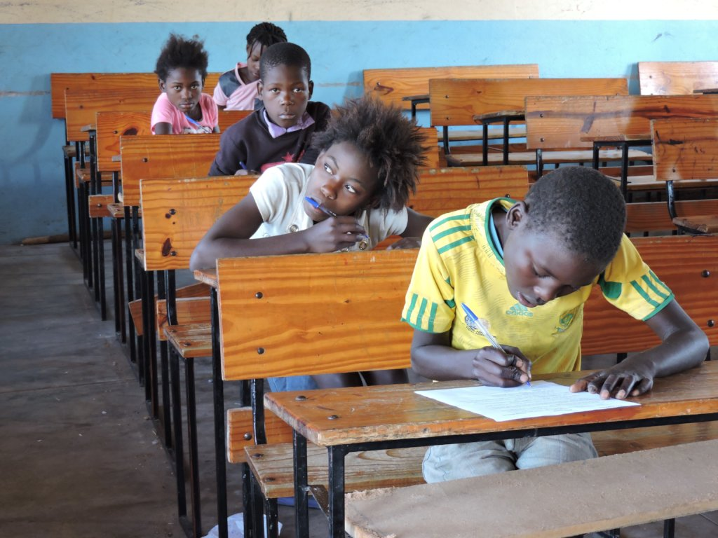 Empower Mozambican girls to go to high school
