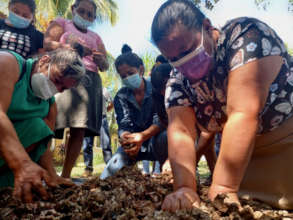 Women Participate in Agroecology Workshop