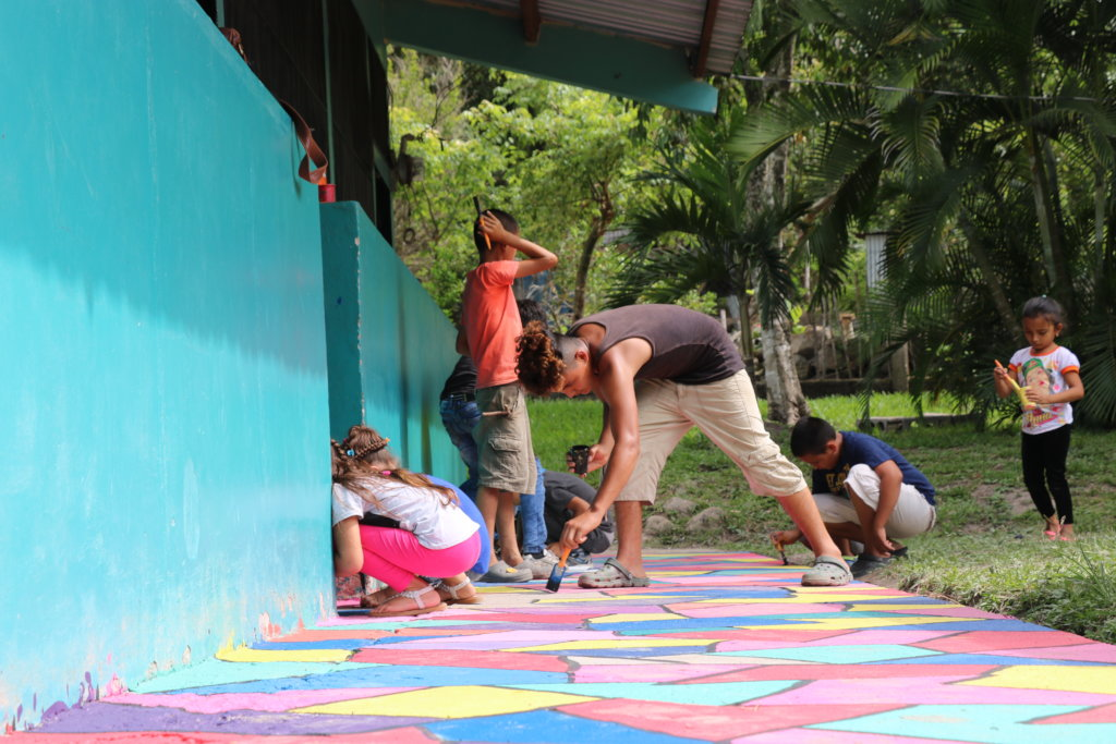 Youth Centre for 100+ Young Leaders in Honduras