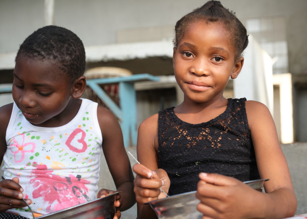 Give 200 children a chance to play in Mozambique